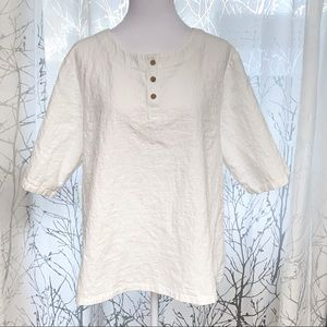 White textured linen wide 1/2 sleeve top buttons
